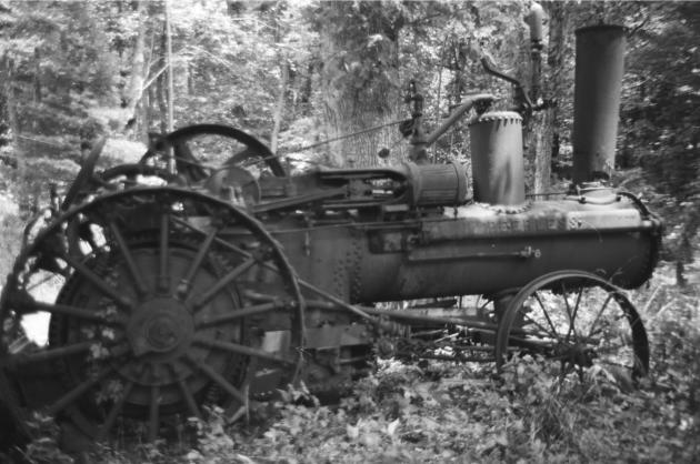 A Peerless steam tractor.
