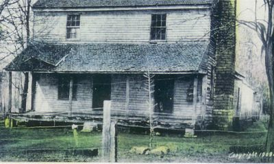 The Bell Witch House 1909. Photo curtesy of www.bellwitchcave.com.
