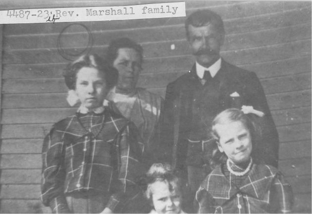 [4487-23] Rev. Marshall family, Calloway, Virginia. Methodist pastor.
